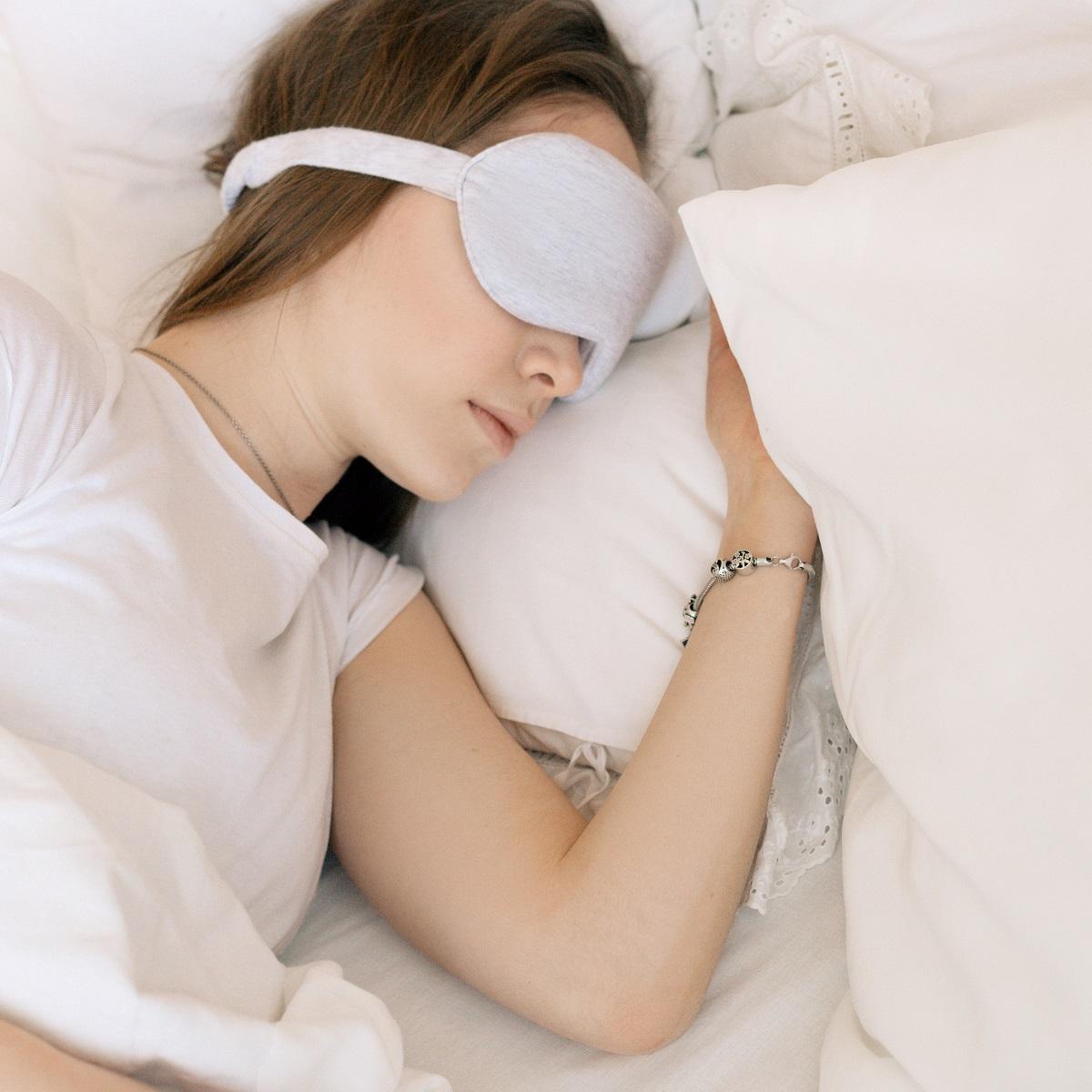 INSOMNIA JA UNEHÄIRED – Unetuse põhjused, tüsistused, looduslik ravi ja 8 uinumist soodustavat toidulisandit